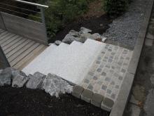 Granitblockstufen mit Wassserbausteinen _6_.JPG